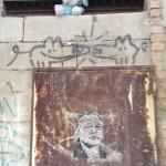 Triple Art – Plüschtier, Schweinchen und Assange