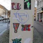 TU ES Sticker 1.