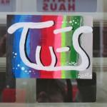 TU ES-Sticker by CAKE