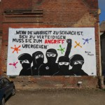 Graffito mit Brecht-Text