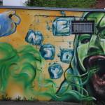 Pfälzer Ufer: Mann mit grüner Maske