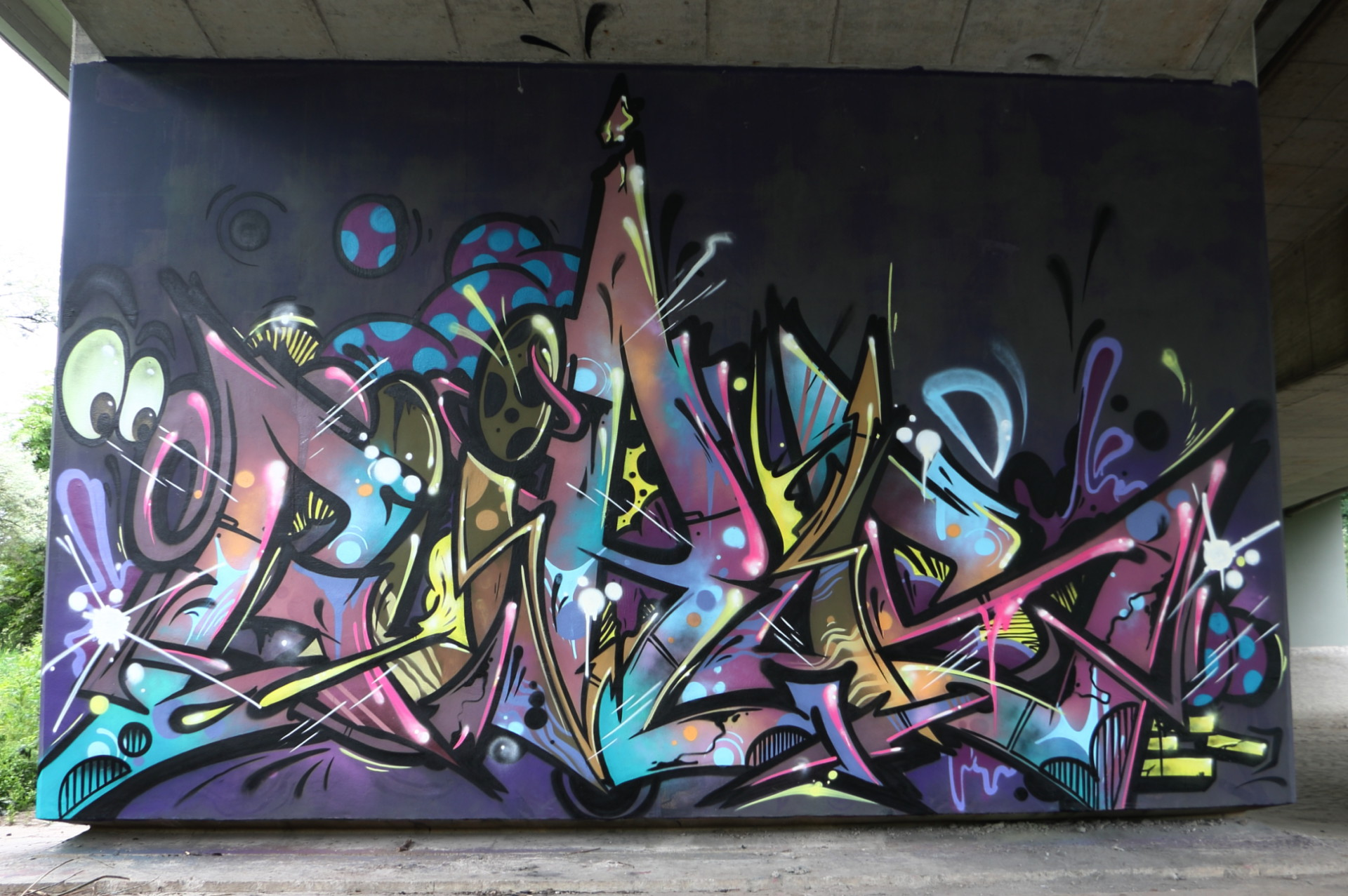 GÜROS, B80-West_IMG_7148v