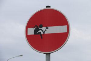 34-Hürdenläufer mit Blümchen, Europachausee_ IMG_7919