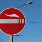 Neues von der Schilderfront… u. a. Raucherbereich